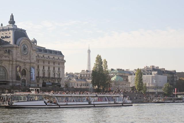 Paris in Autumn: banks of the Seine