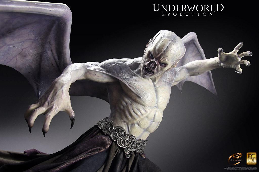 ECC – 決戰異世界:進化時代【吸血鬼君王馬可士】Marcus Corvinus 1/3 比例 全身雕像