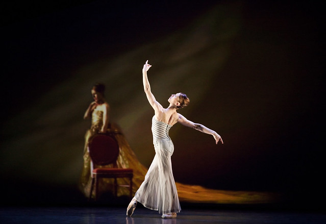 Leanne Benjamin in Electric Counterpoint, The Royal Ballet © ROH/Johan Persson, 2010