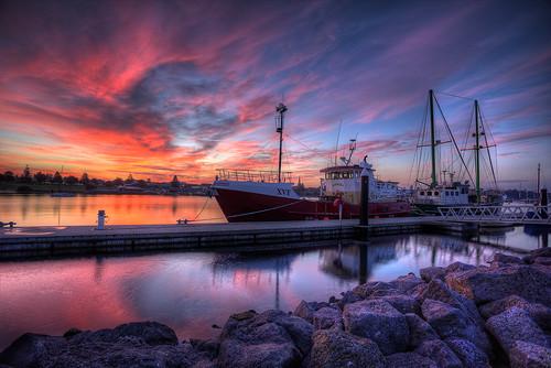 portland victoria fishing boat sunset trawler ocean sea reflection rock texture sky cloud sun blue orange wharf jetty bollard mirror hdr blended mast april canon dslr