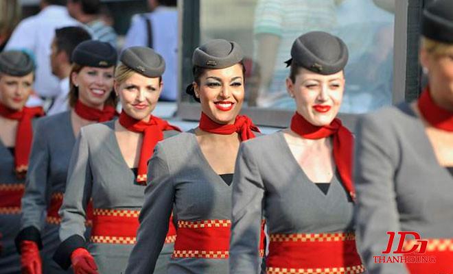 Đồng phục tiếp viên hàng không các nước, hãng ĐẸP nhất 13