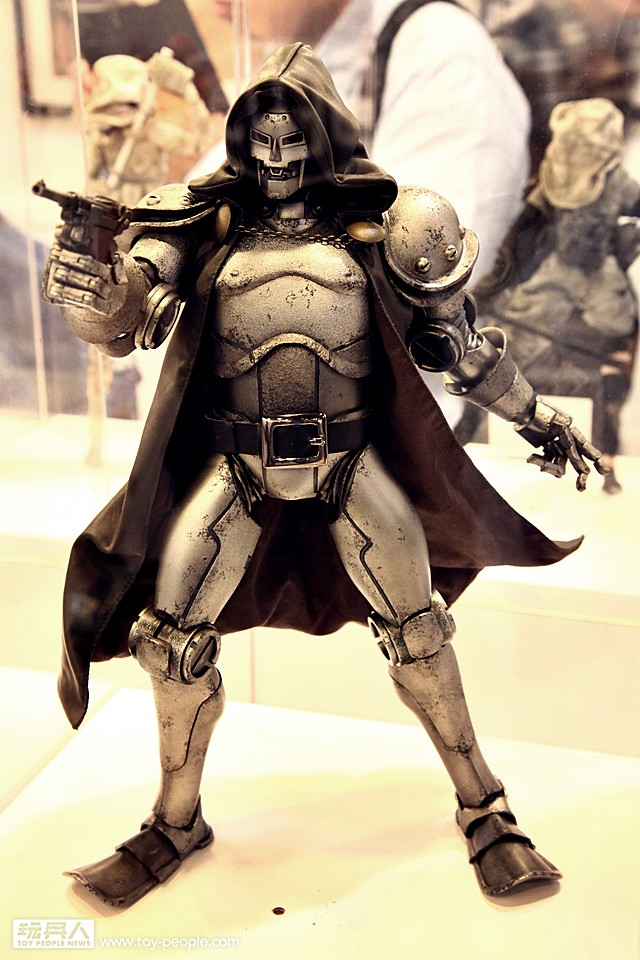 [ThreeA] Doctor Doom - Página 2 15306528200_c487d62598_b