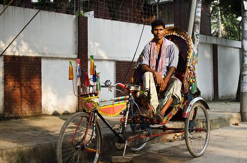 road city travel sunset portrait urban man travelling asian asia cityscape portraiture dhaka rickshaw bangladesh citycentre lateafternoon southasia southasian bangladeshi travelphotography gulshan rickshawwallah walkingpark dhakadivision gulshan2