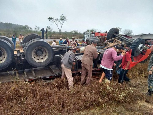 Belo Campo: Duas pessoas morrem na BA-263