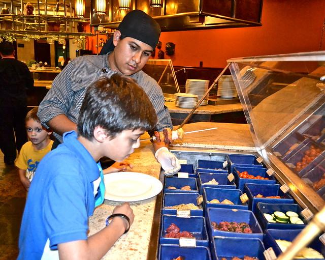 stir fry choices and table, grand tikal futura hotel, Guatemala city