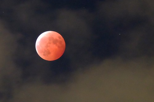 Lunar Eclipse & Uranus