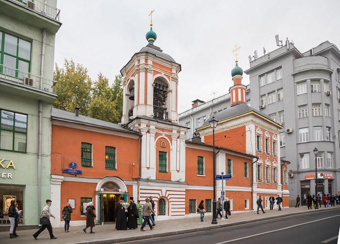 29/09/2014 Божественная литургия в храме святителя Николая в Клённиках