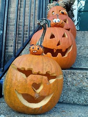Jack o' Lanterns on 4th Street. Happy Halloween!