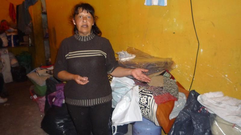 Una madre y sus tres hijos necesitan un lugar donde vivir
