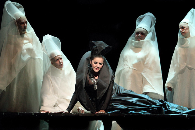 Maria Agresta in I due Foscari © ROH/Catherine Ashmore, 2014
