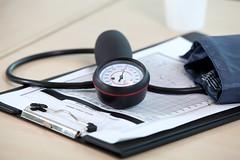 血壓突飆高中風機率大?醫師替你解答關鍵Q&A