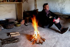 Hearth fire : Neolithic Houses, Stonehenge