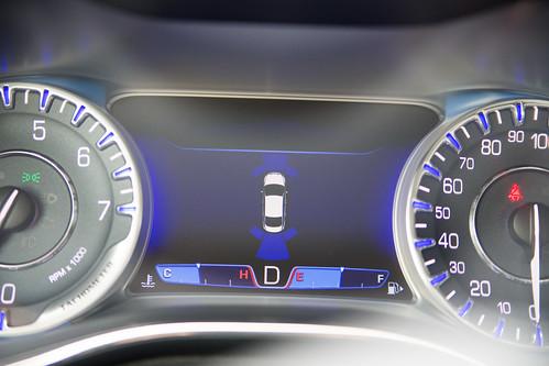 Chrysler 200-5.jpg