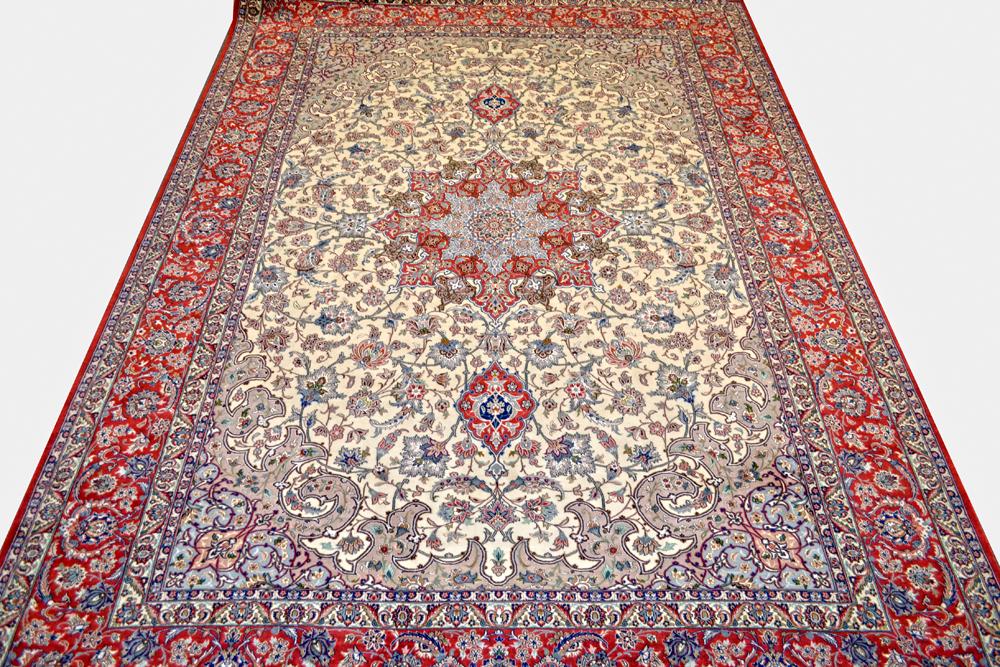 Isfahan 9x12 Silk Persian Rug Item Bi 5
