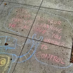 Sidewalk subversiveness in #Bernalwood