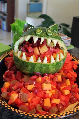 fruit dino front