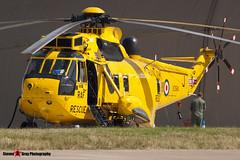 XZ594 J - WA860 - Royal Air Force - Westland WS-61 Sea King HAR3A - Fairford RIAT 2006 - Steven Gray - CRW_1273