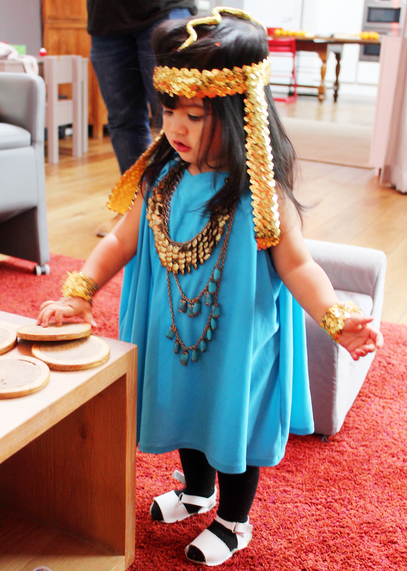 Halloween costume Cleopatra toddler DIY