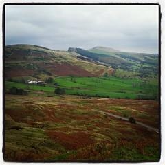 Barker Bank, Back Tor & Lose Hill above the Hope Valley #whitepeak #peakdistrictnt #nationalpark #theenglishnorth #icu_britain #ukpotd #scenes_of_yorkshire #loves_united_kingdom #ig_britishisles #britains_talent #capturingbritain #rsa_nature #yonderap