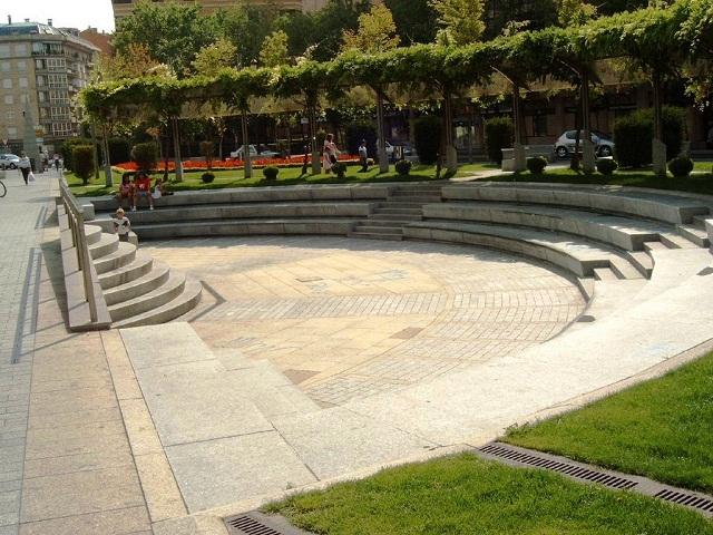 Noicattaro. idea anfiteatro intero