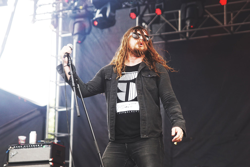 J-Roddy-Walston-And-The-Business-Gov-Ball