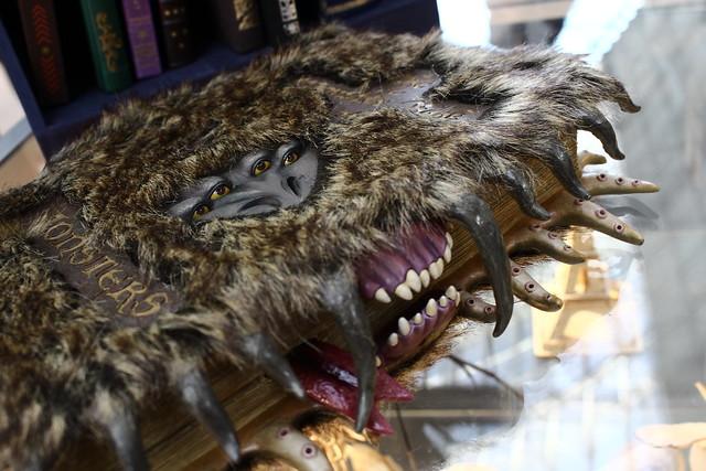 Interdiction De Citer Le Monstrueux Livre Des Monstres De Jk