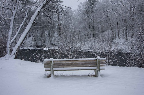 kennebunk maine mousamriver rogerspark bench snow winter