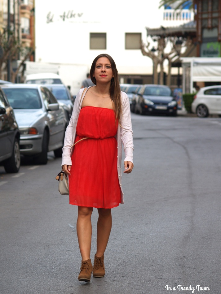 Outfit: Coral Dress