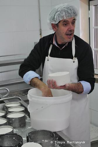 22 - мастер-класс по приготовлению сыра - традиции Португалии