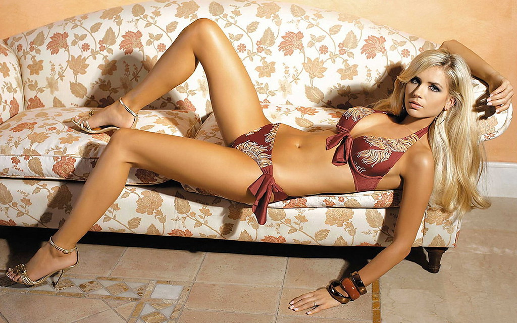 Welcome to flickr hot women model bikini hd wallpaper stylish hd wallpapers voltagebd Choice Image