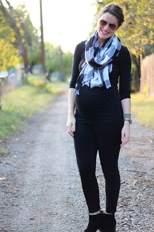 all-black-outfit-maternity-4