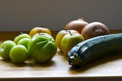 Green tomato, apple & zucchini chutney