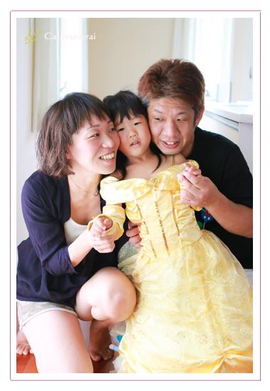 家族写真 ファミリーフォト 愛知県瀬戸市 自宅 出張撮影 自然な ナチュラル おしゃれ データ納品