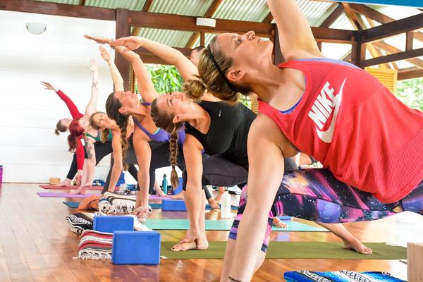 Yoga Teacher Training in Costa Rica Laterals