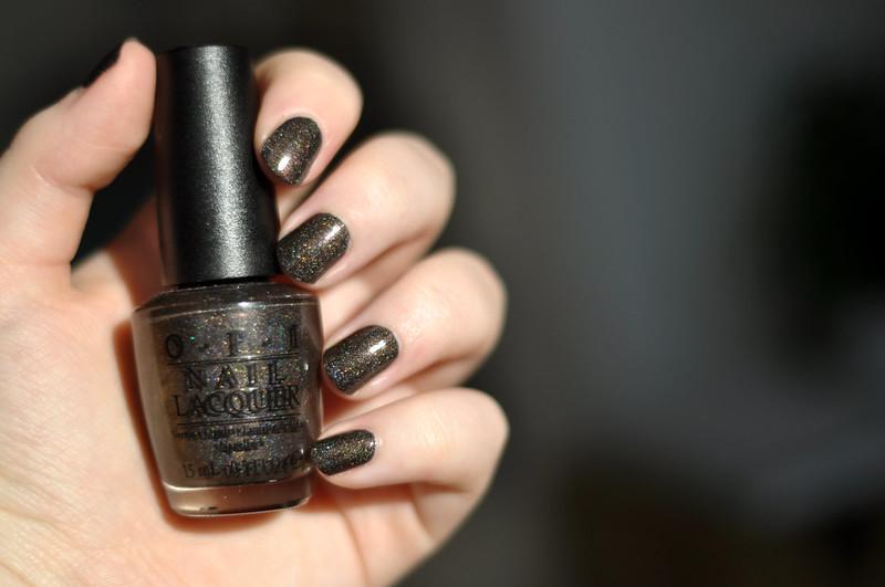 notd opi my private jet nail polish rottenotter rotten otter blog 2