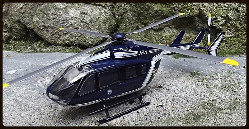 les hélicoptères toutes échelles  15530240187_b15311c558_c