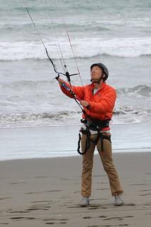 Ed controls the kite