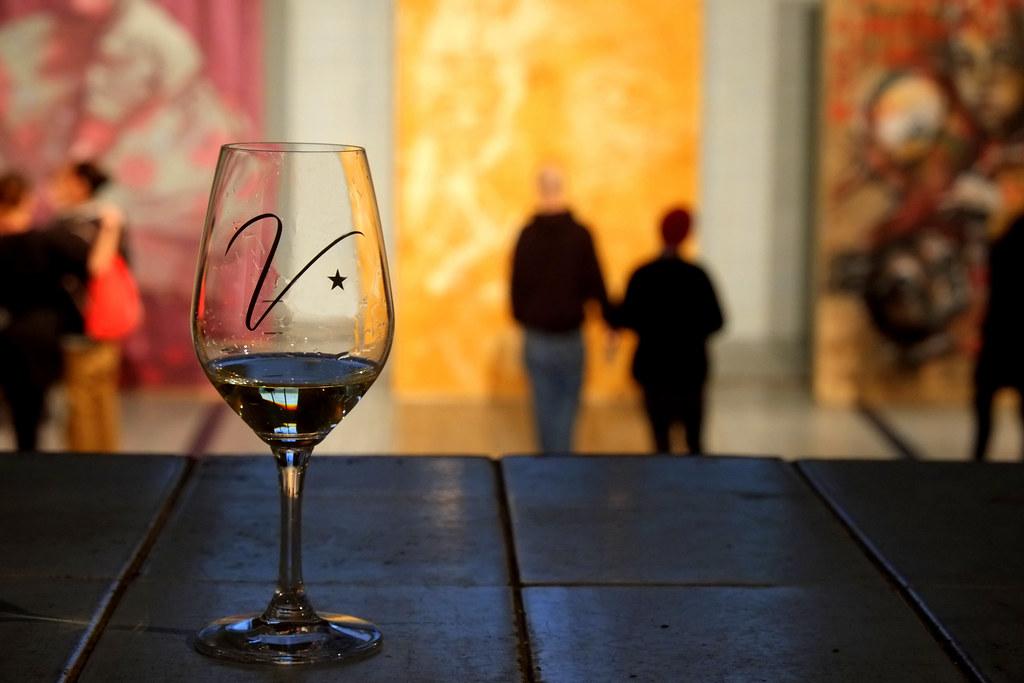 myfinbec art + wine show   berlin . stattbad wedding
