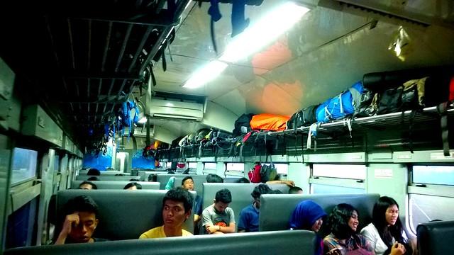 Kereta Ekonomi Matarmaja Jakarta-Malang