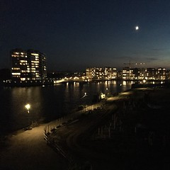 Sluseholmen by night