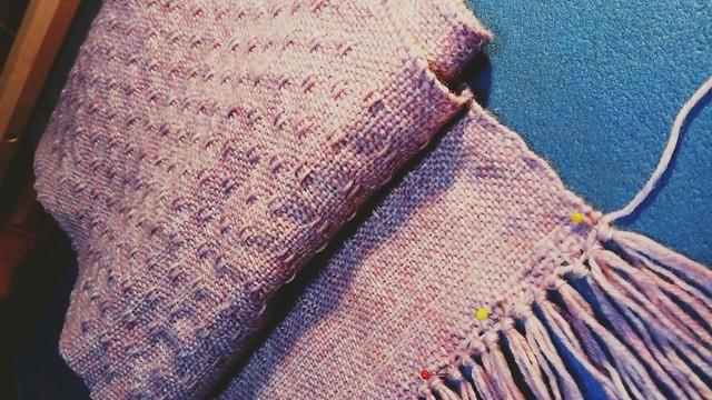 Spot lace