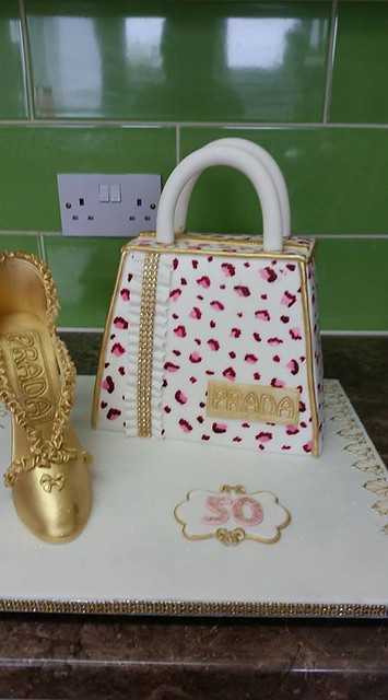Sparkles and Gold Cake by Kathy Freeman