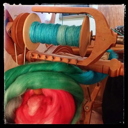 On the bobbin #spinning #spinningwheel #kromski