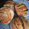 Today's quartet of brown rice porridge bread. T'en veux @claraparkes @sarhelen ?