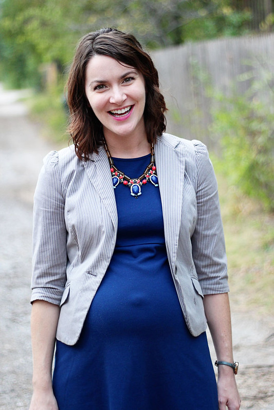 blue-maternity-dress-gray-blazer-5