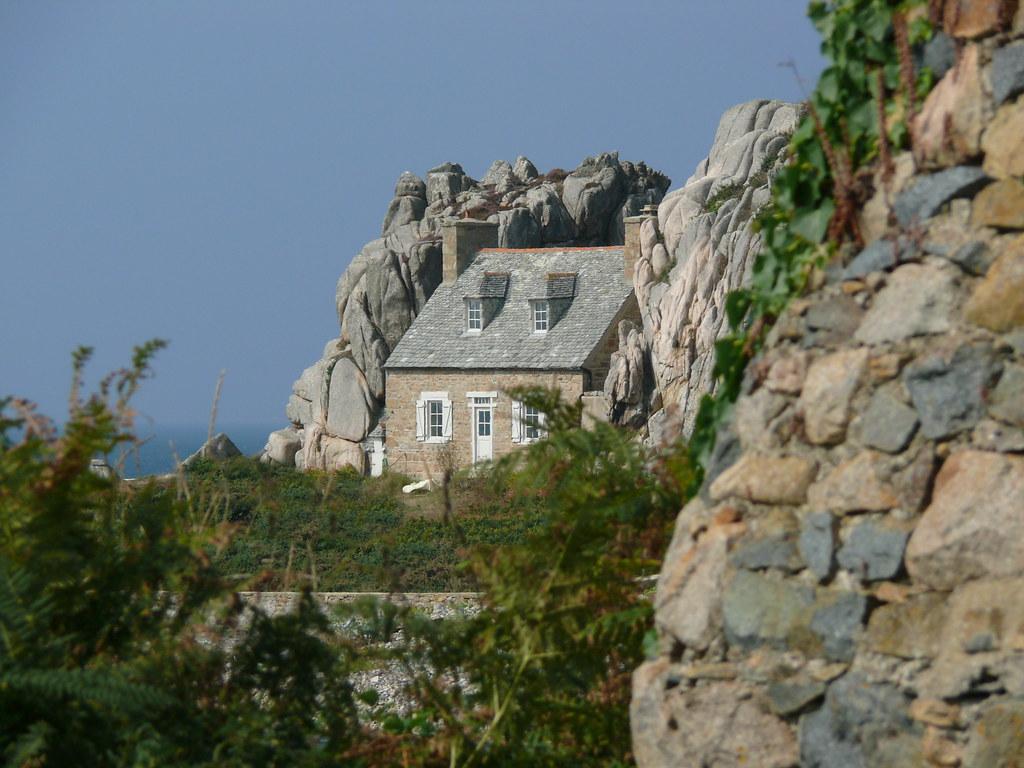 Elevation of tr darzec france maplogs - Maison entre les rochers ...