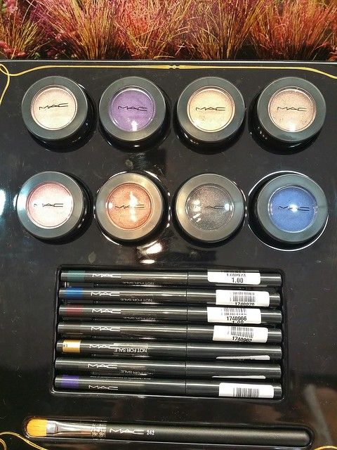 Mac-novel-romance-shadows