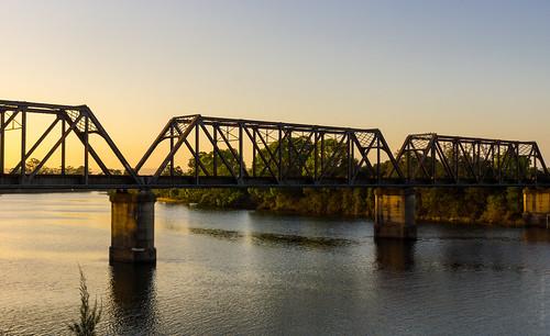 bridge sunset sun water river dusk sony sigma railway australia newsouthwales goldenlight wauchope hastingsriver lerps sonyalphadslr sigma1850mmf28exdcmacro sonyalphaa77v daniellerps