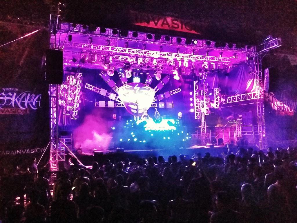 Masskara-festival-parties
