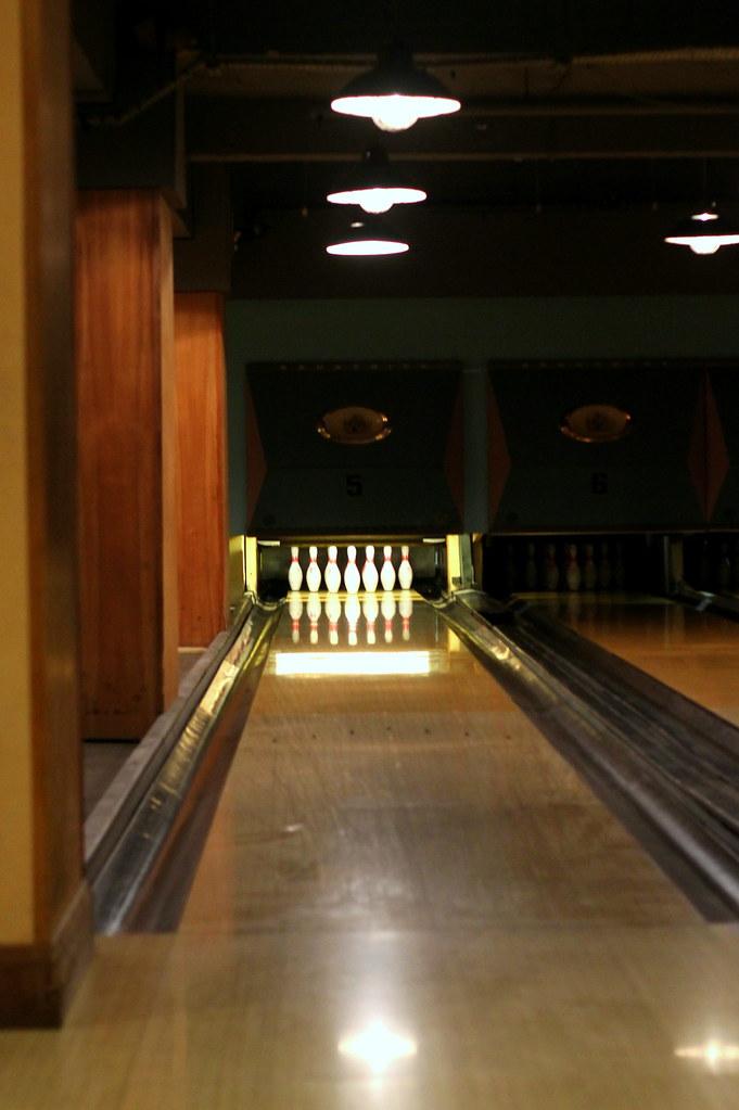 Bloomsbury Bowling Lanes (3)